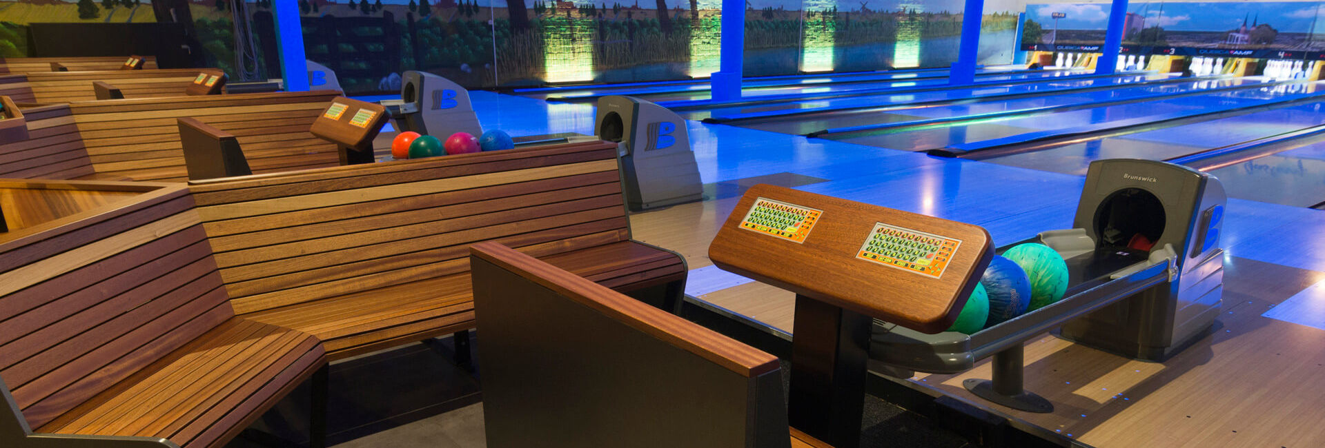 Bowling lanes and seats - Route directions - Gasterij 't Karrewiel